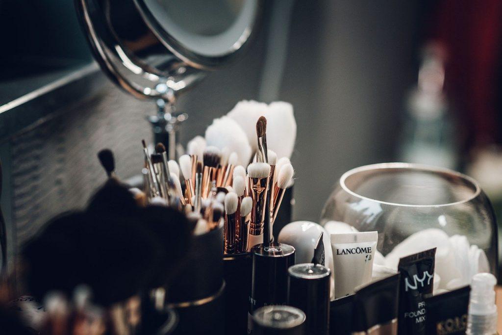 accesorios de maquillaje