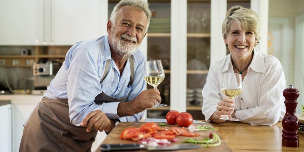 Necesidades dietéticas a causa de la edad