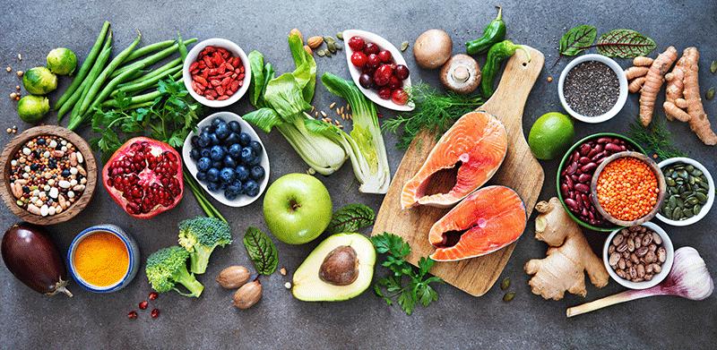 Alimentos con nutrientes y vitaminas